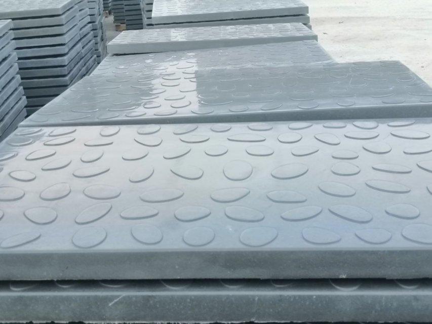 RPC盖板的生产车间布置...